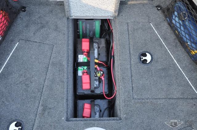Аккумулятор для лодочного электромотора