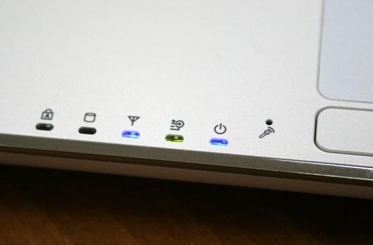 Мигает индикатор батареи на ноутбуке