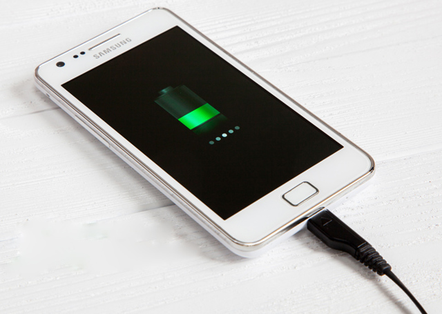 Не заряжается аккумулятор телефона