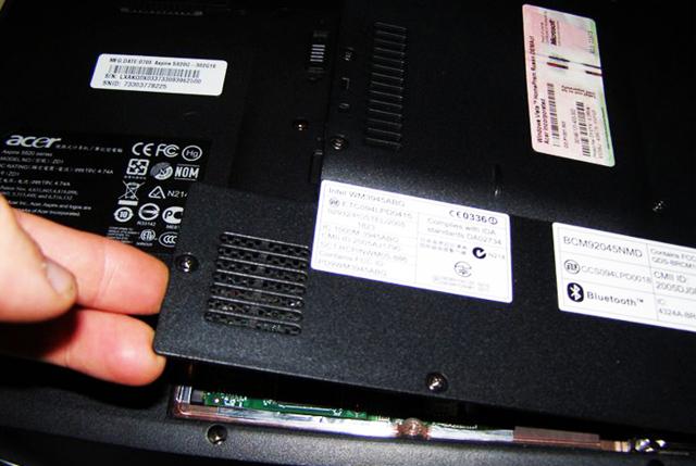 Как разобрать аккумулятор ноутбука?