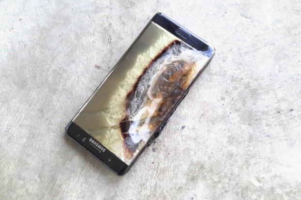Взрыв аккумулятора телефона