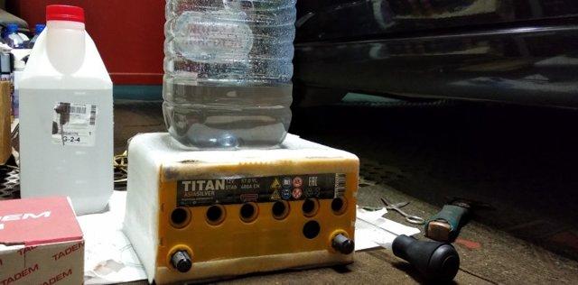 Кипит аккумулятор на машине: причины и устранение