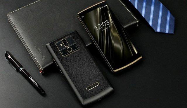У какого смартфона самый мощный аккумулятор