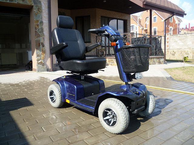 Электроскутер для инвалидов